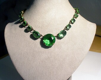 Large Vintage Faceted Emerald GREEN Crystal RIVIERE Bezel Anna Wintour Necklace, Signed