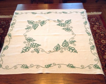 Vintage Tablecloth - cream and green