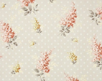 1940s Vintage Wallpaper by the Yard - Peach and Yellow Floral