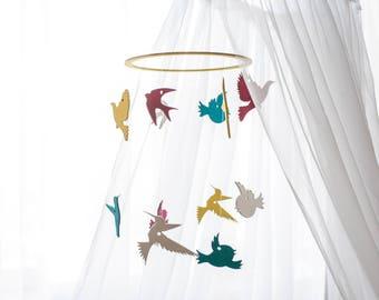 Baby mobile birds- Multicolored mobile - Multicolored birds - Birds baby mobile - Birds nursery decor - Baby mobile - Crib mobile