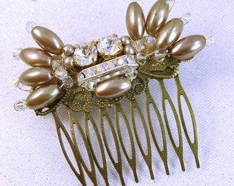 Bridal hair comb / wedding hair comb / hair comb Pearl and rhinestone Crystal