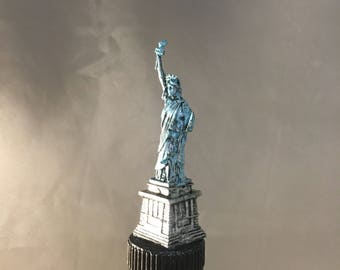 Statue of Liberty Wine Stopper , New York City, Wine Topper, NYC, Wine Gift, NYC , New York, Man Cave, Wine Lover, New Yorker