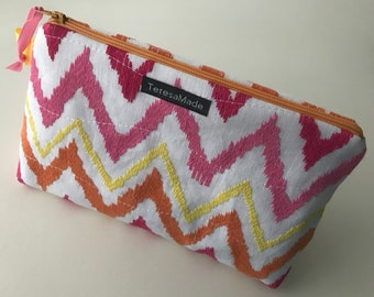Stand Up Zig Zag Embroidered Zip Pouch