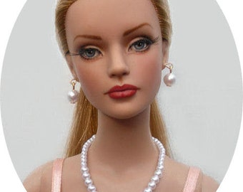 Graduated Pearl Set Made For Sydney Chase, Tyler Wentworth, Ellowyne Wilde And Other Same Size Dolls