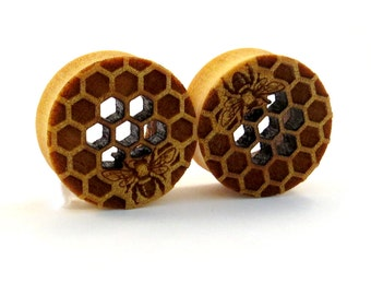 """Cutout Honeycomb with Bee Yellowheart Wooden Plugs 5/8"""" (16mm) 7/8"""" (22mm) 1"""" (25.5mm) 1 1/8"""" (28mm) 1 1/4"""" (32mm) (38mm) (44mm) Ear Gauges"""