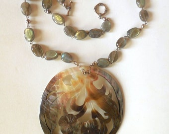 Exclusive Labradorite necklace, 925 sterling Silver and Shell