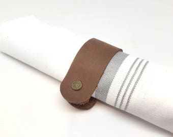 Made in USA: All Leather Napkin Rings - Classy and minimalist - Distressed Medium Brown leather
