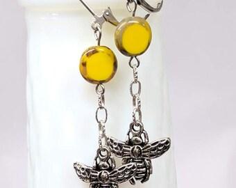 Bumble Bee Glass Bead Earrings, Long Dangle Drop Earrings, Bumble Bee Jewelry, Yellow Glass Bead, Nature Earrings, Bee Keeper Gift, Unique