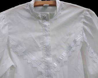 Vintage womens white shirt blouse with lace EU 38