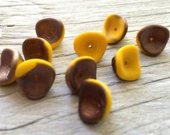 Czech glass flower beads, three petal sunflower yellow 10 flower beads