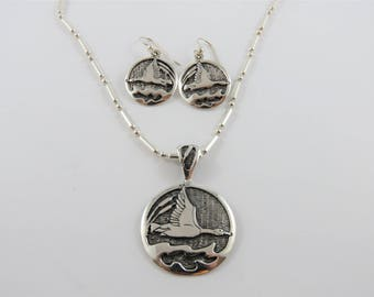 Sterling Silver Canadian Goose Necklace and Drop Earring Set