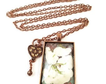 White Flower Necklace/Pendant Necklace/Pressed Flower Necklace/Pressed Flowers/Gift for Her/Long Necklace/Copper Necklace/Necklace/Snowball