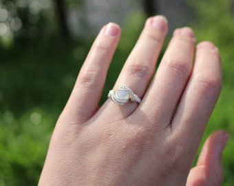 Flashy Rainbow Moonstone Sterling Silver Wire Wrapped Gemstone Ring US Size 6