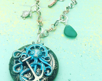 Octopus Locket Neckkave with Sea Glass