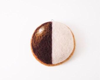 Needle Felted Ornament Black & White Cookie / Felt Food / Play Food / Felted Cookie