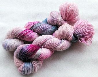Handdyed SockYarn, 75 Wool, 25 Polyamid 100g 3.5 oz. Nr. 386