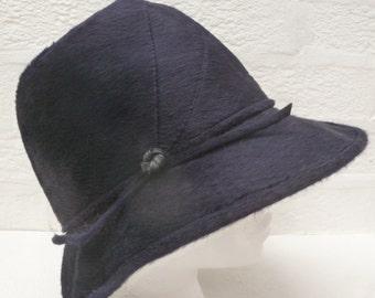 Blau schwarz Hut Wolle Frauen 50er Jahre Hut kleine Kopf Zubehör Damen 1950er Jahre Hut Jahrgang Eimer Hut Hochzeit Herbst Zubehör Vintage retro Indie Goth.