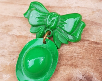 Vintage Green Celluloid Hat Bow Brooch Pin Costume Jewellery Retro 1940s Hat Brooch Green Hat Green Brooch Vintage Pin Celluloid Jewelry