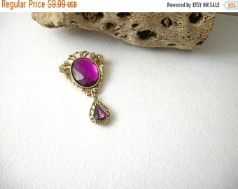 ON SALE Retro Gold Tone Filigree Translucent Faceted Acrylic Stones Pin 82817