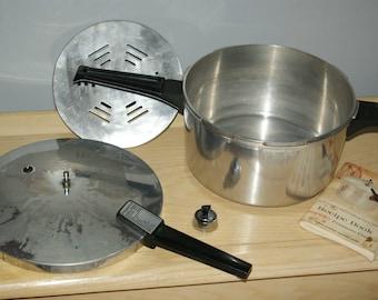 Vintage Presto pressure cooker Quart 5-qt model A603 with recipe book supreme aluminum