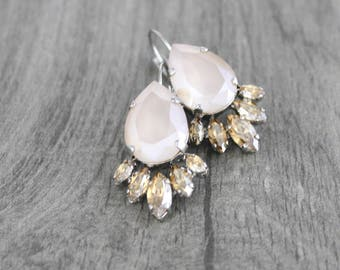 Crystal Bridal earrings, Opal earrings, Bridal jewelry, Wedding earrings, Vintage style earrings, Swarovski crystal, Teardrop crystal