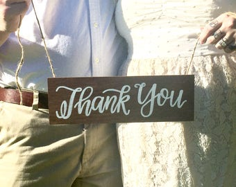 thank you sign / wedding sign / bride and groom sign / couple sign / wedding photos / wedding gift thank you sign.