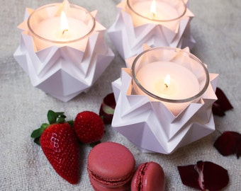 Christmas' decoration | Pack of 3 tealights | elegant candle holders perfect for a romantic mood | available in different colors