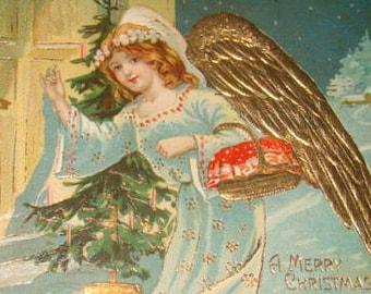 LAST CHANCE SALE Pretty Vintage cristmas Postcard (Angel)