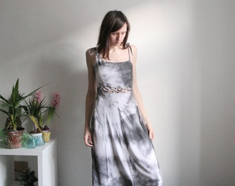 Vintage grey tie dyed maxi dress