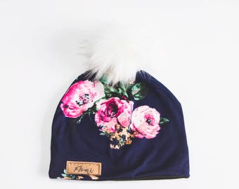Tuque - Navy blue pink flowers