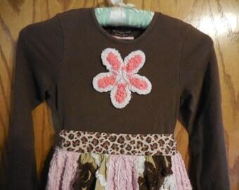 "Adorable Little Girls Chenille Dress - ""My Vintage Baby"" Girls Chenille DressPants / Capris - Size 6"