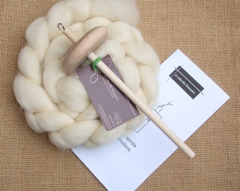 Drop spindle starter kit with Bluefaced Leicester fibre