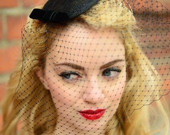 Fascinator Veil Black, Vintage Style Headdress, Black Veiling Headpiece, Valentines Day Gift, Wedding Guest Outfit, Burlesque Hairstyle Net