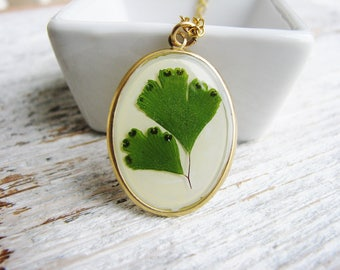Green Fern Necklace, Pressed Floral Necklace, Leaf Necklace, Fern Necklace, Botanical Jewelry, Resin Jewelry