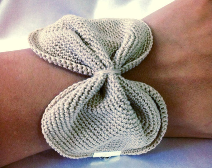 All cotton knot bracelet