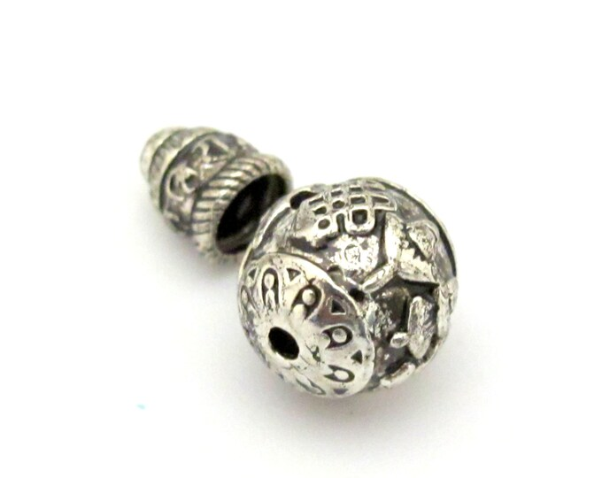 2 sets - Guru bead with column bead - Tibetan silver ashtamangala symbols 3 hole Guru bead 12 mm size and om mantra column bead - GB012