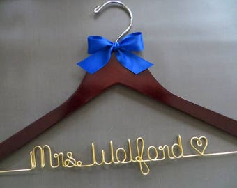 Gold Wire Wedding Hanger, Gold Bride Hanger, Personalized Hanger, Wedding Coat Hanger, Wedding Dress Hanger, Custom Shower Gift, Mrs Hanger
