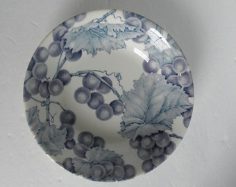 One (1) Bordeaux ROYAL STAFFORD Blue Grapes & Leaves Cereal Soup Bowl Replacement