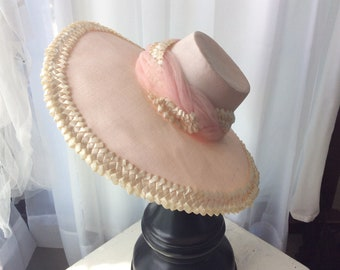 Adorable 1940's Pink n White Hat