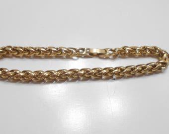 Vintage Gold Tone Braided Bracelet (2297) Pretty!
