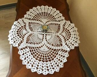 55 cm in white cotton doily
