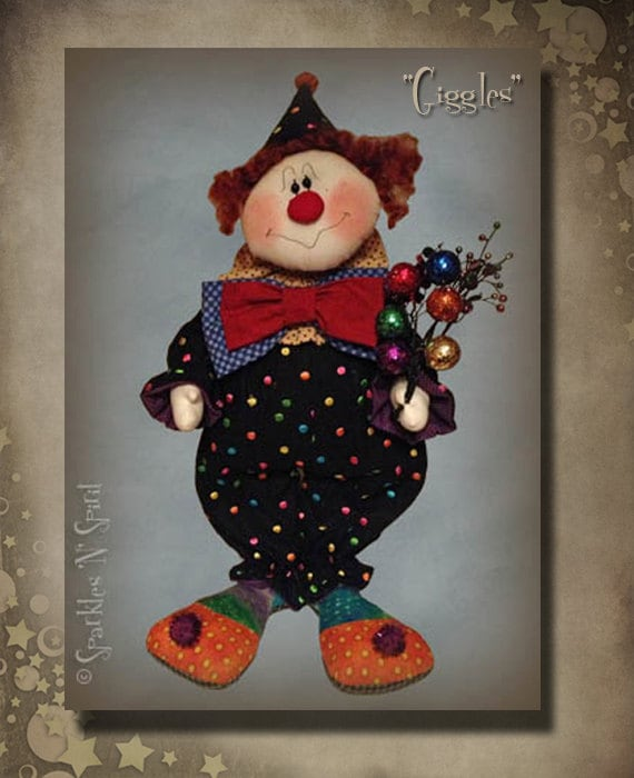 "Pattern: GIggles - 22"" Clown"