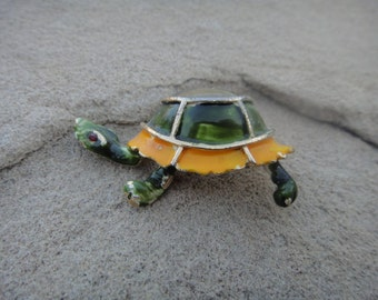 Vintage Turtle Yellow Green Brooch Pin Pendant Unique Turtle Jewelry
