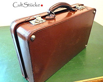 and goodbye-vintage oldtimer suitcase Leather