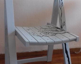 Wooden hand-painted opened chair EGST