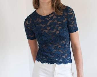Navy lace tee - stretchy blue top - Made in USA - S