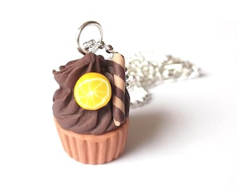 Cupcake Necklace ( cupcake funky jewelry polymer clay miniature food chocolate food jewelry food necklace lemon cinnamon cupcake pendant )