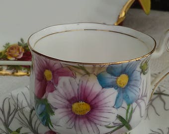 Vintage Royal Albert English Bone China Cosmos No 10 Flowers of the Month Teacup Wedding Tea Party
