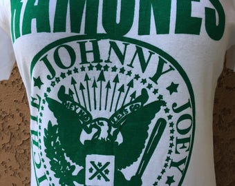 Ramones Johnny Joey dee dee Richie T shirt Medium