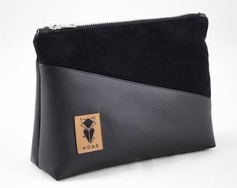 Cosmetic bag All Black vegan